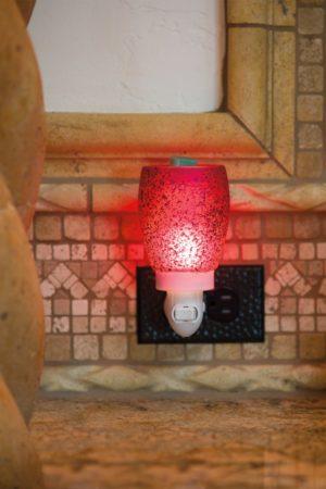 CRANBERRY GLASS NIGHTLIGHT SCENTSY WARMER