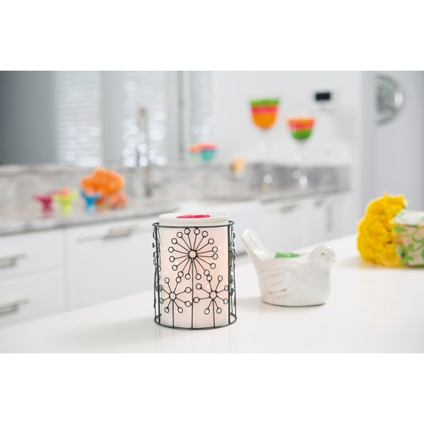 SCENTSY JUST DANDY WRAP WITH ETCHED SILHOUETTE CORE SCENTSY WARMER