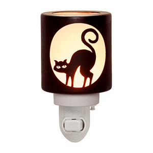 SUPERSTITION CAT SCENTSY NIGHTLIGHT