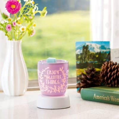NEW! ENJOY THE LITTLE THINGS MINI NIGHTLIGHT WARMER (SHOWN WITH TABLETOP BASE)
