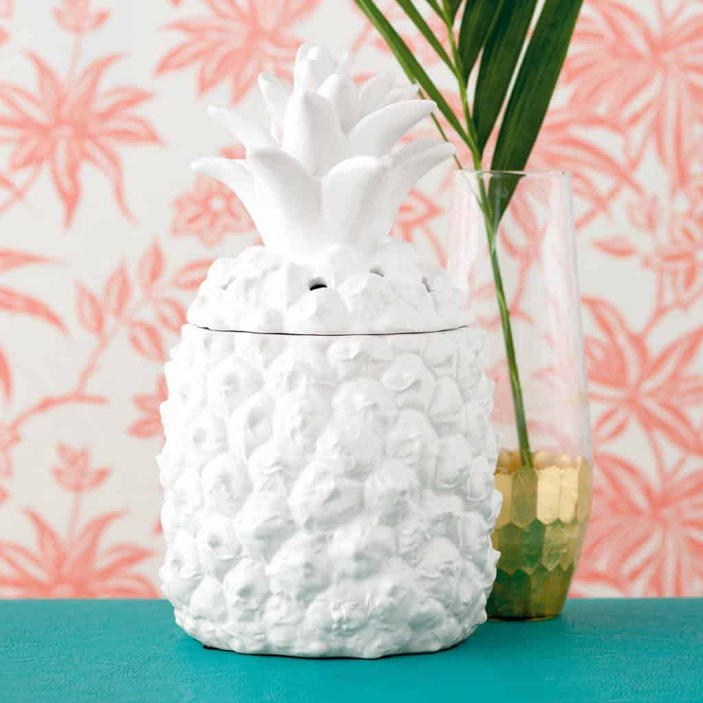 New Southern Hospitality Pineapple Scentsy Warmer