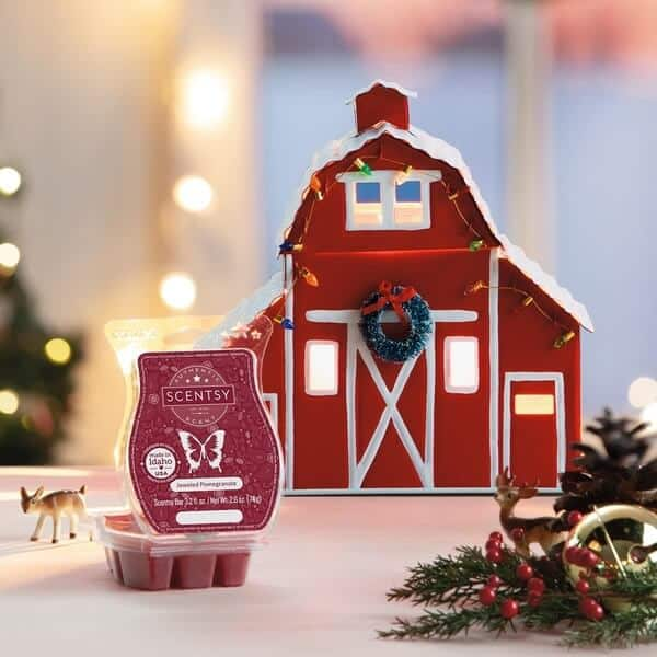 SCENTSY NOVEMBER 2020 WARMER & SCENT OF THE MONTH – COUNTRY CHRISTMAS RED BARN SCENTSY WARMER & JEWELED POMEGRANATE