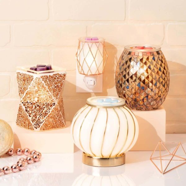 GLITZY AND FABULOUS SCENTSY WARMERS