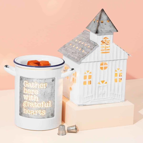 GRATEFUL HEARTS SCENTSY WARMER AND LITTLE CHURCH SCENTSY WARMER
