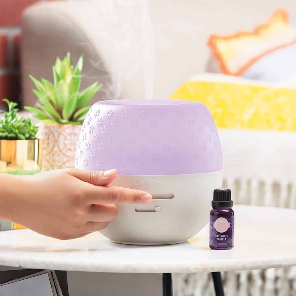 Deluxe Scentsy Diffuser / Rosewood Vanilla Natural Oil