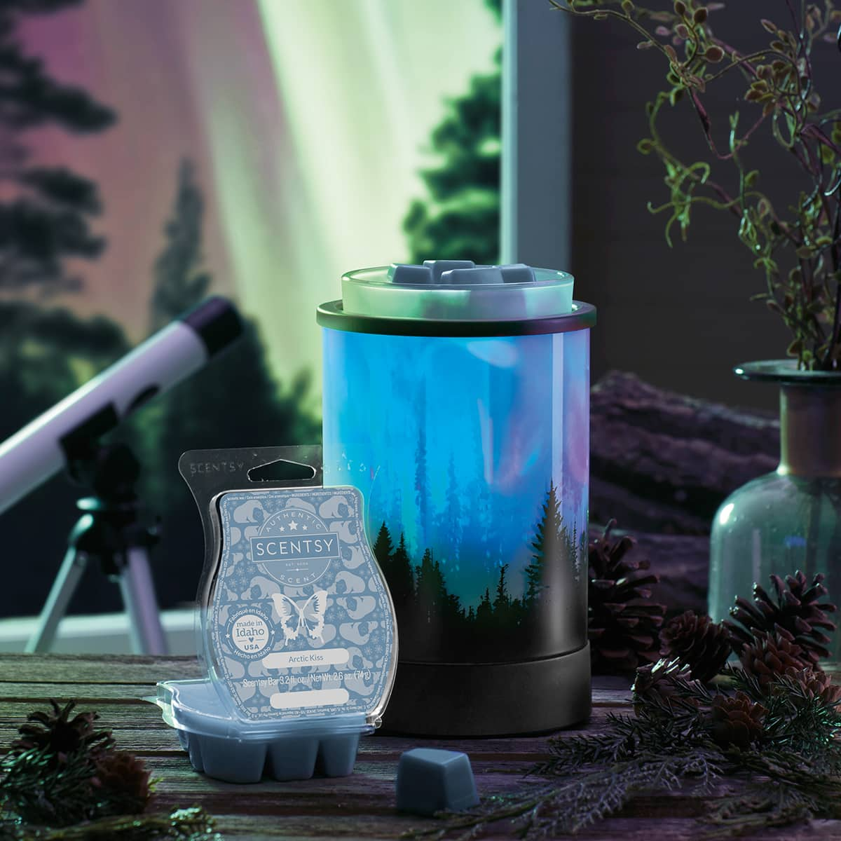 SCENTSY DECEMBER 2020 WARMER & SCENT OF THE MONTH – POLAR PANORAMA NORTHERN LIGHTS SCENTSY WARMER & ARCTIC KISS