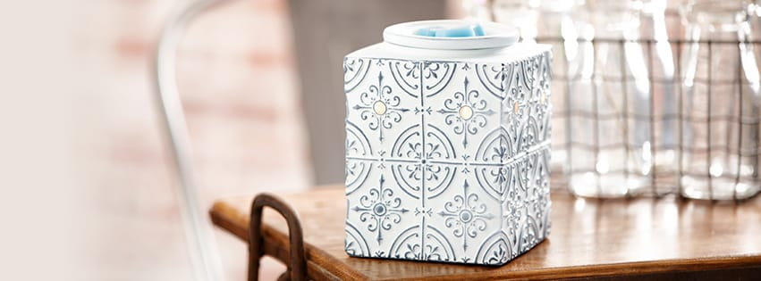 PRESSED TIN SCENTSY WARMER $40