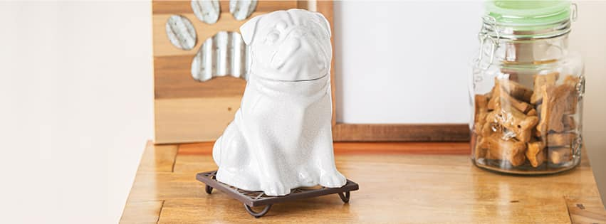 SCENTSY ELEMENT WARMERS FEATURING PUG
