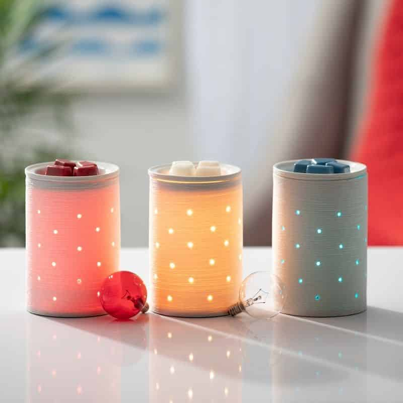 SCENTSY WARMERS WITH COLORED BULBS