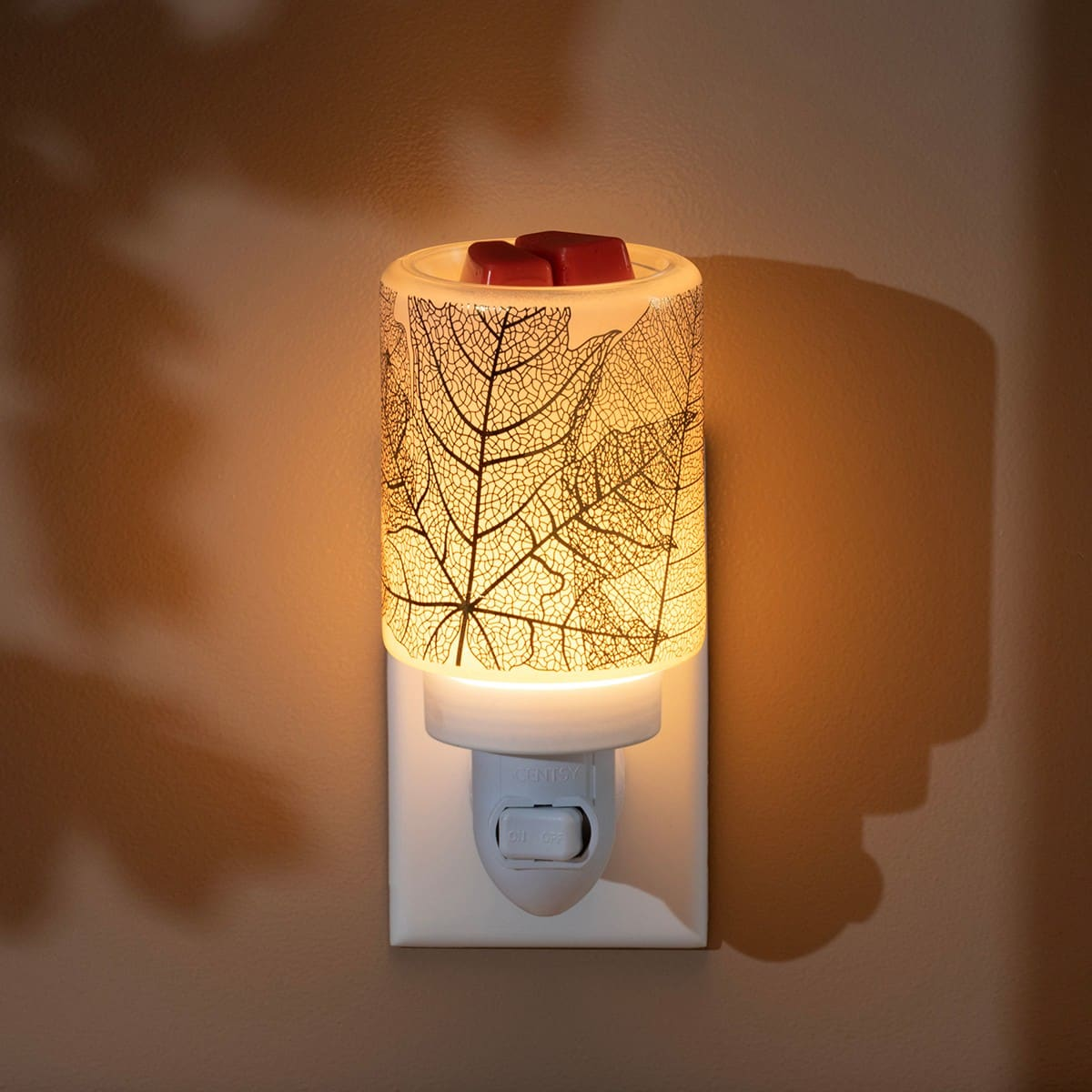 Scentsy Gilded Leaves Mini Warmer2   NEW! Gilded Leaves Mini Scentsy Warmer   Incandescent.Scentsy.us