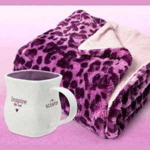 Scentsy Host Free October 2021 | Scentsy Hosts earn a free blanket and mug with a 0 party in October 2021!